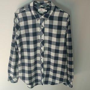 Vineyard Vines button down plaid shirt